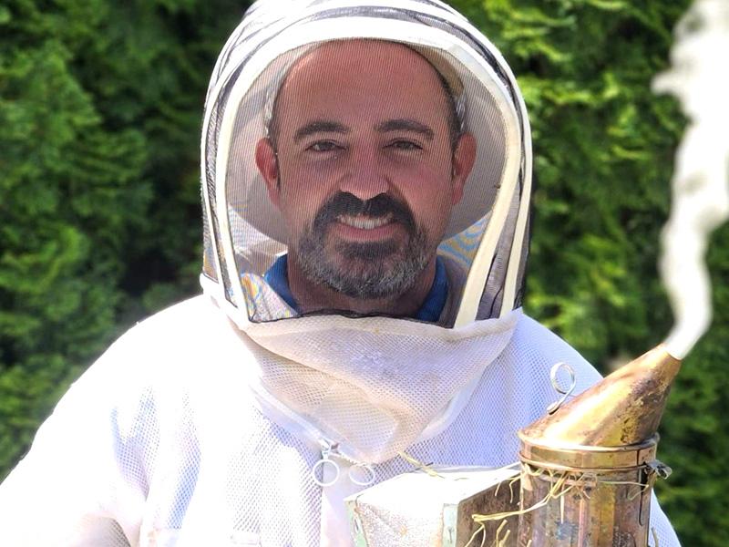Master Beekeeper -Ted McFall - Whatcom County WA